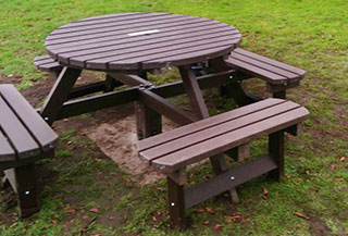picnic table for John Taylor Hospice